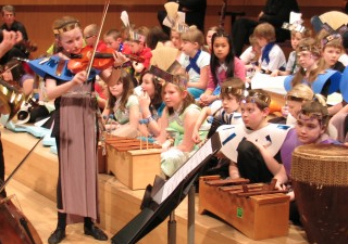 Family concerts – Halle Education